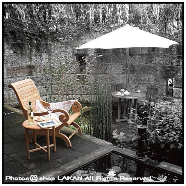 カンフォタブルチェア アーム付き 安楽椅子 ガーデン家具 ジャービス商事 木質感 チーク材 座り心地