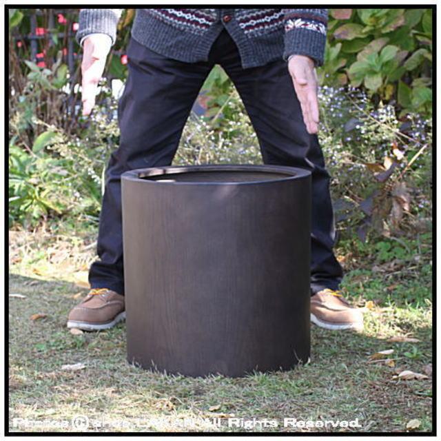 室内専用の鉢カバー 樹脂製鉢 円柱型 MOKU 木の質感 温かい木質 Woody Finish シリンダー 木目が美しい