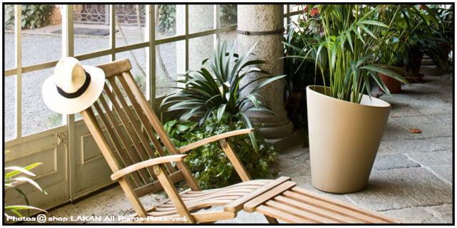 ピサ デザイン性 大型植木鉢 樹脂製 シンプル