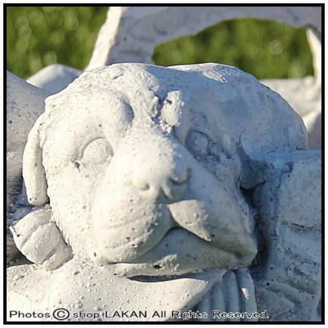動物 高級感 重厚 犬 石造